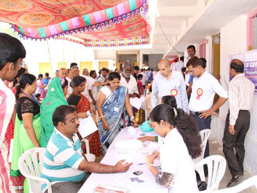 Effectively manage free health check-up camps and patients awareness programme with FForce?